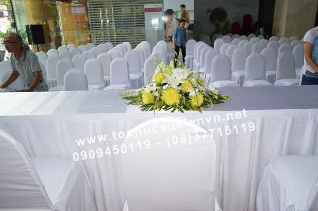 cho thuê bàn ghế sự kiện tại lễ khai trương 7