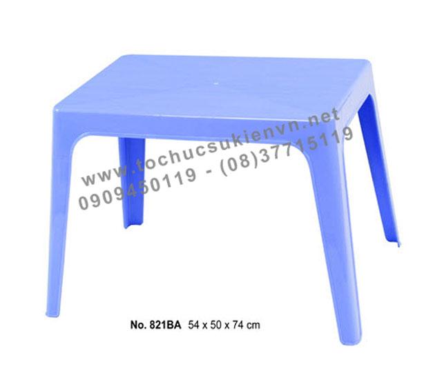 Cho thuê bàn ghế nhựa ngoài trời 9