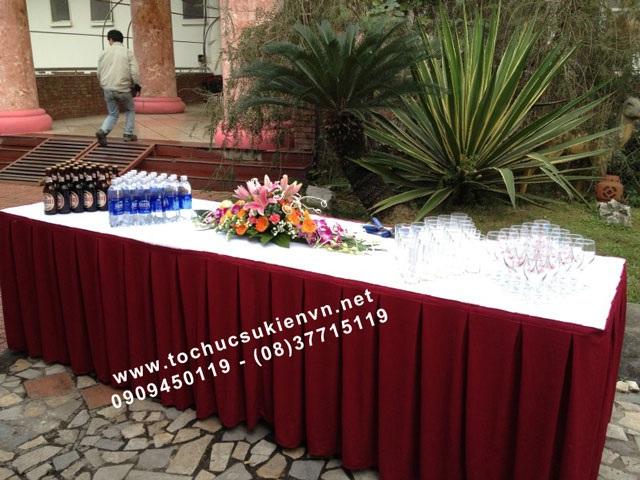 Cho thuê bàn tiệc buffet TPHCM 2