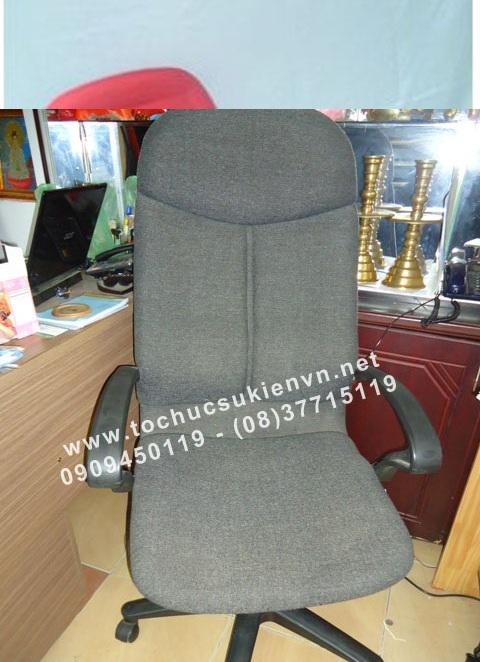 Cho thuê bàn ghế vip - ghế chân quỳ 3