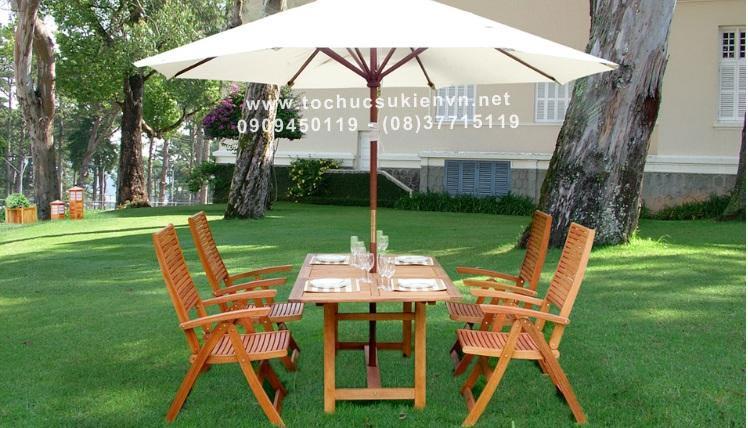 Cho thuê bàn ghế gỗ