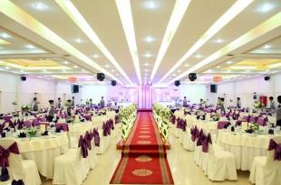 thiết kế sân khấu tiệc cưới