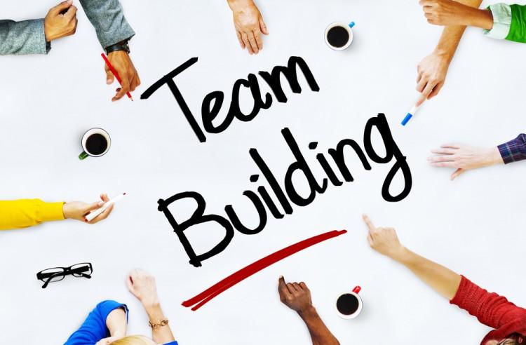 Tổ chức hoạt động teambuilding ý nghĩa