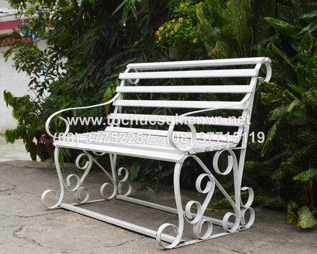 cho thuê bàn ghế công viên