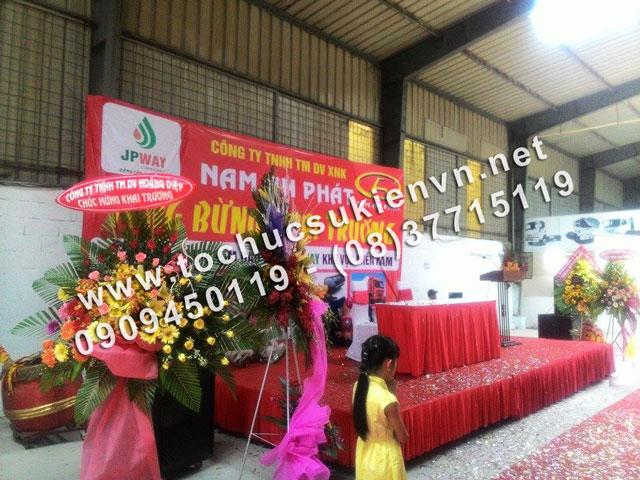 Cho thuê bục sân khấu lễ khai trương Nam An Phát