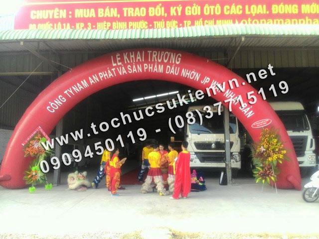 Cho thuê bục sân khấu lễ khai trương Nam An Phát 4