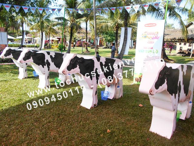 Tổ chức hoạt động ngoài trời - Ngày hội làng chăn nuôi
