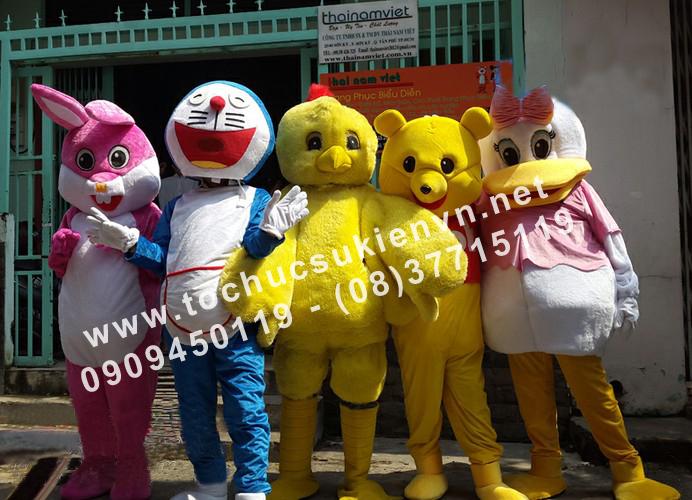 Cho thuê mascot gấu pooh, chuột micky 4