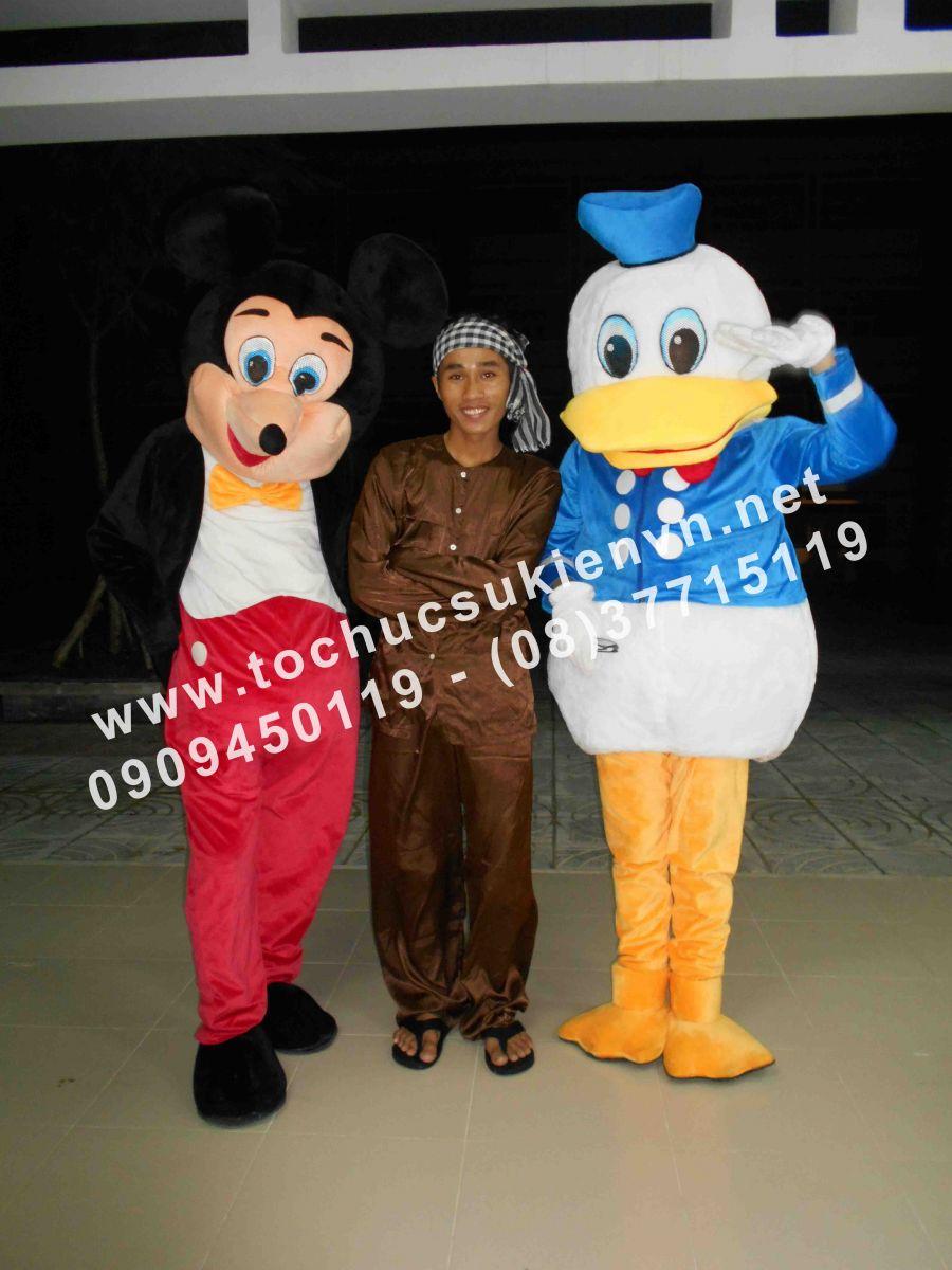 Cho thuê mascot gấu pooh, chuột micky Ngàn Thông 3