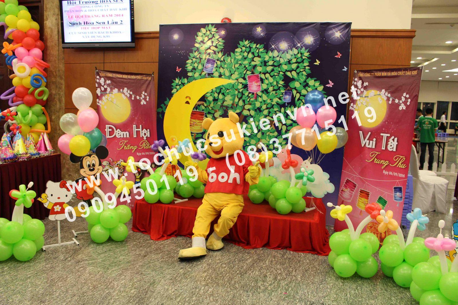 Cho thuê mascot gấu pooh, chuột micky Ngàn Thông 4