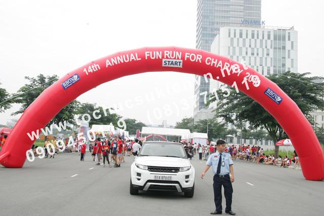 Tổ chức hoạt động ngoài trời Chạy bộ gây quỹ từ thiện - Fun Run 4