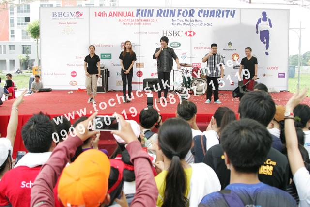 Tổ chức hoạt động ngoài trời Chạy bộ gây quỹ từ thiện - Fun Run 8