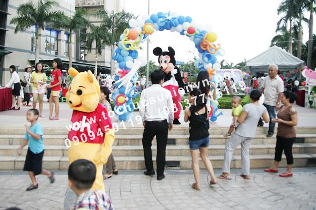 Hoạt động ngoài trời tại lễ tổ chức ngày hội thiếu nhi Saigon Pearl 5