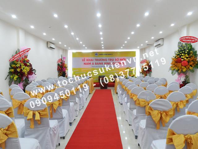 Cho thuê bàn ghế tại lễ khai trương chi nhánh mới của Ngân Hàng Nam Á ở Bình Dương 2