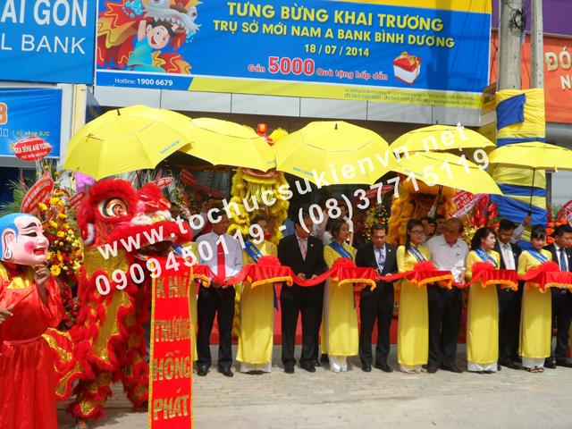 Tổ chức lễ khai trương chi nhánh mới của Ngân Hàng Nam Á ở Bình Dương 6