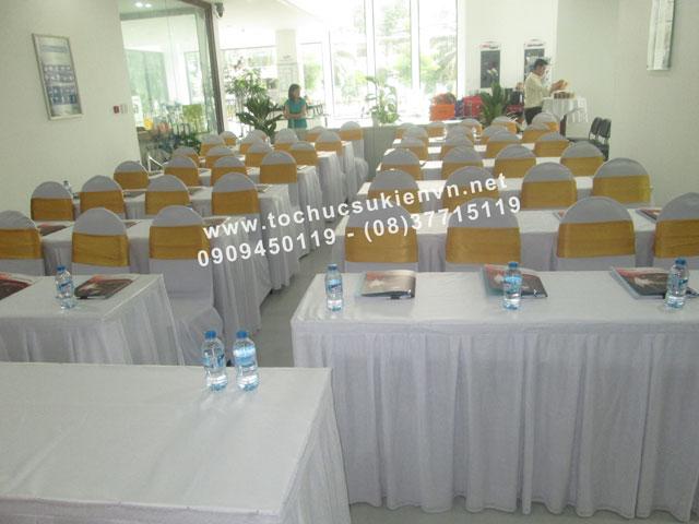 cho thuê bàn ghế sự kiện tại lễ khai trương 13