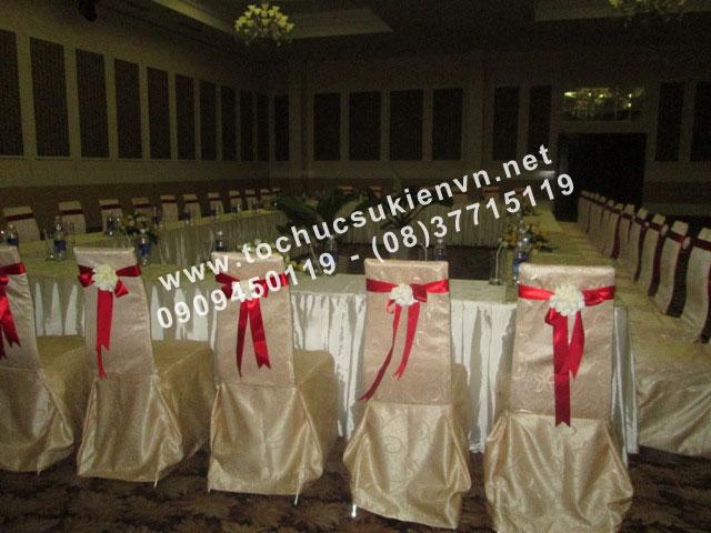 Cho thuê bàn ghế đám cưới Ngàn Thông 2