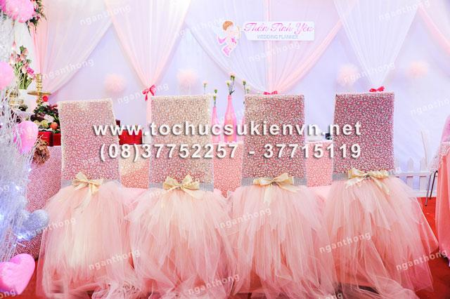 Các mẫu bàn ghế tiệc cưới Ngàn Thông 2