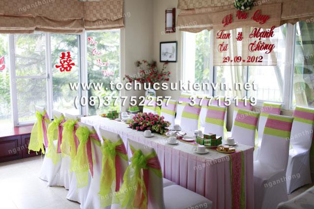 Các mẫu bàn ghế tiệc cưới HCM 2