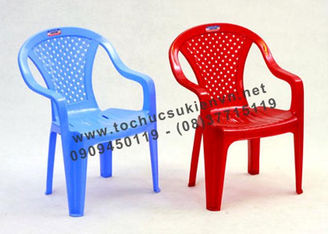 Cho thuê bàn ghế nhựa 3