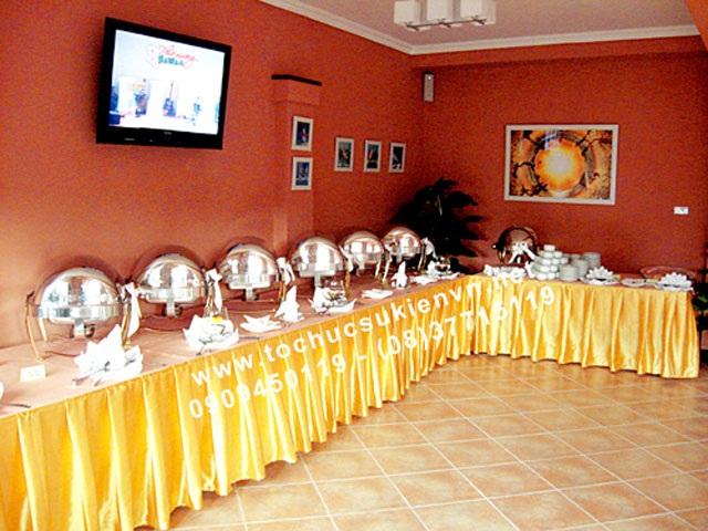 Cho thuê bàn tiệc buffet cao cấp