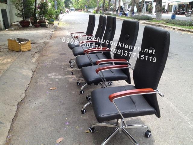 Cho thuê bàn ghế vip - ghế chân quỳ TPHCM