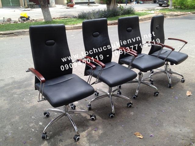 Cho thuê bàn ghế vip - ghế chân quỳ 8