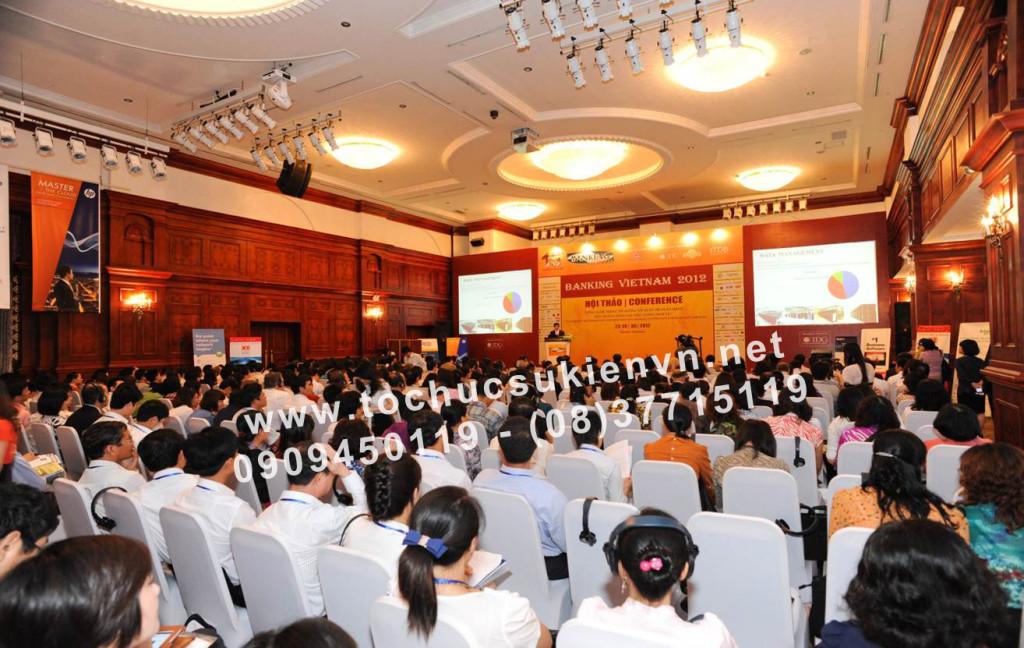Tổ chức hội nghị hội thảo  8