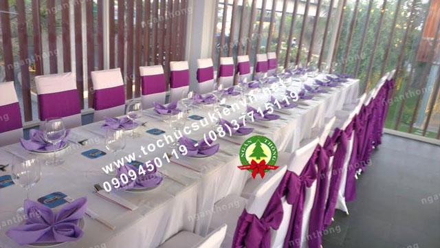 Cho thuê bàn dài chữ nhật hội nghị 15