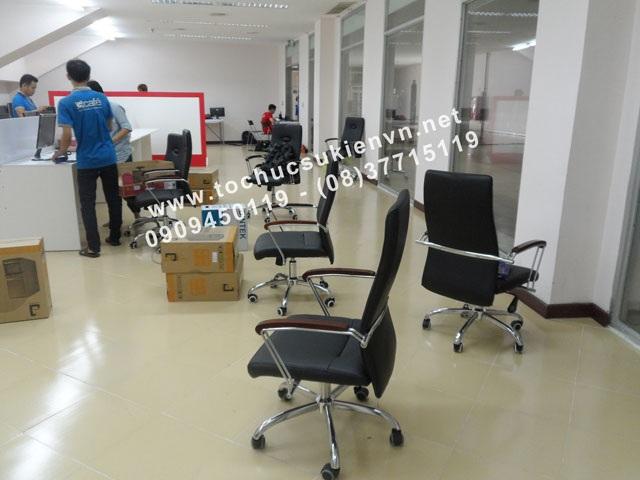 Cho thuê bàn ghế văn phòng theo phong thủy