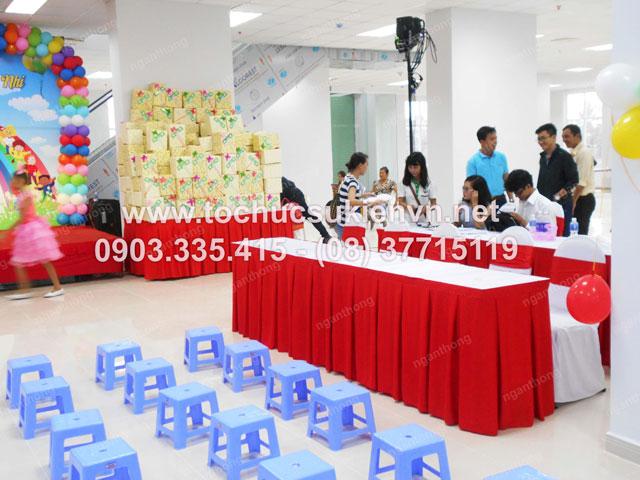 Tổ chức chương trình  1/6 HQC Plaza chuyên nghiệp