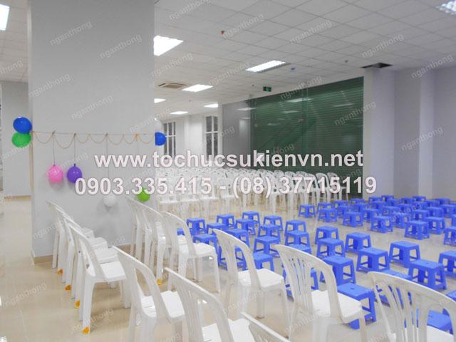 Cho thuê bàn ghế tổ chức chương trình  1/6 HQC Plaza  2