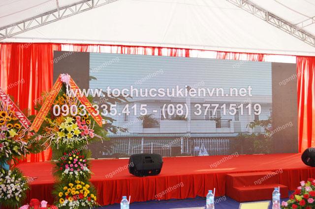 Cho thuê sân khấu tại lễ khởi công Dona Corp
