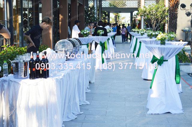 Cho thuê bàn ghế ngoài trời tổ chức hội nghị tại Ninesouth  7