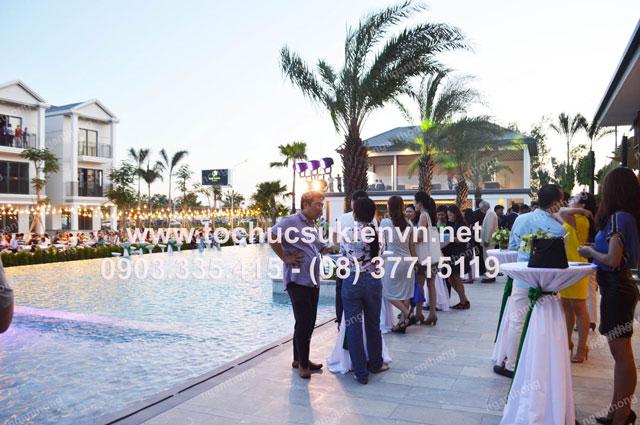Tổ chức hội nghị ngoài trơi tại Ninesouth 13