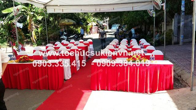 Cho thuê bàn ghế khai trương Trung Nam Phát 2