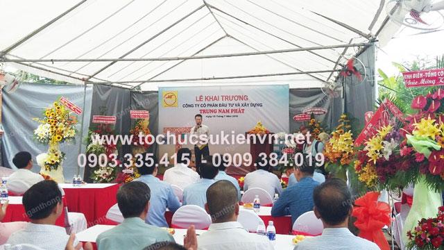 Cho thuê bàn ghế khai trương Trung Nam Phát 5