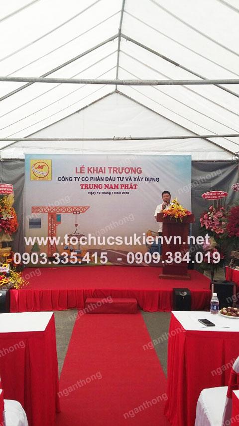 Cho thuê bàn ghế khai trương Trung Nam Phát 9