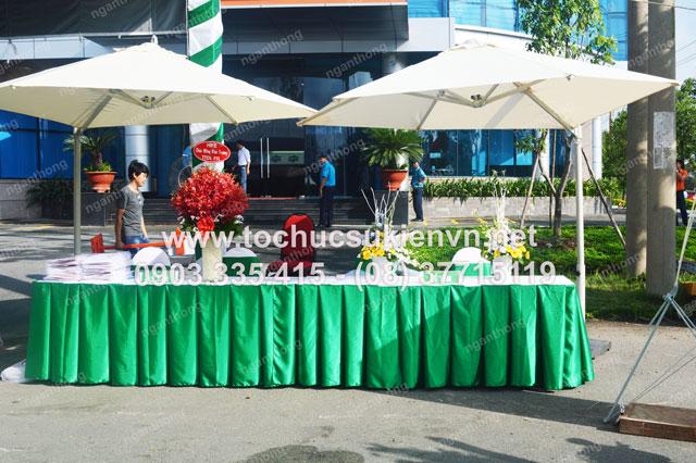 Ngàn Thông tổ chức lễ khai trương FPT  17