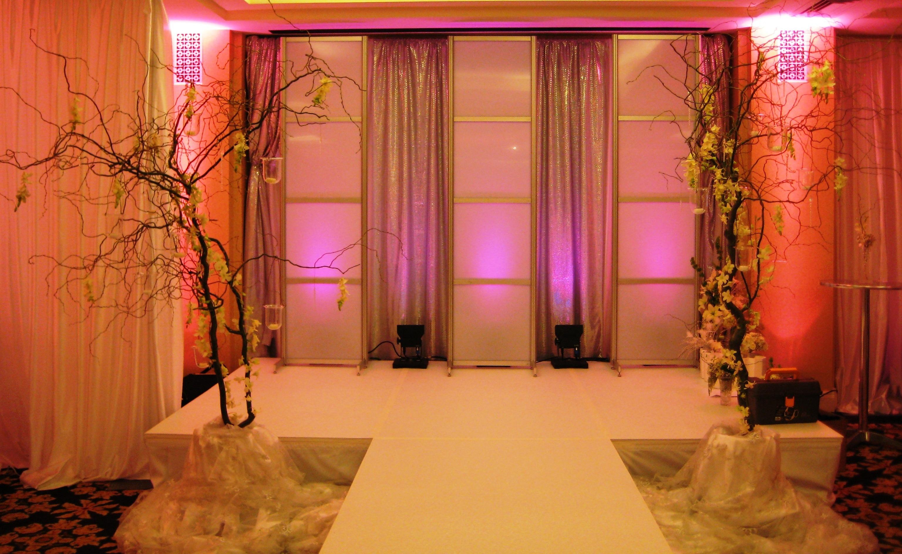 Thiết kế sàn sân khấu cho tiệc cưới