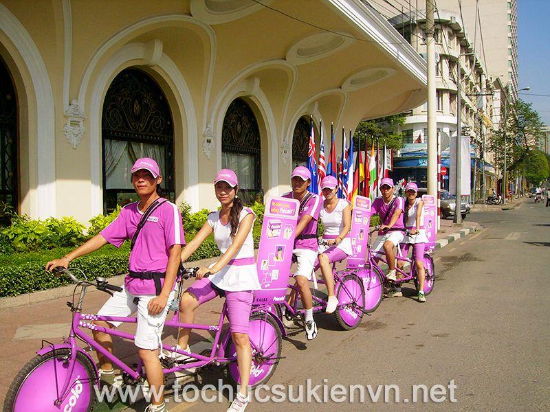 Tổ chức chạy quảng cáo roadshow với xe đạp