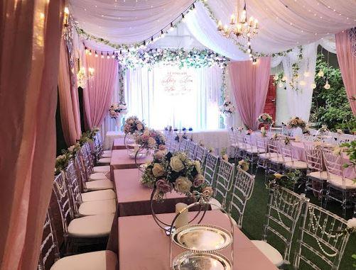 bàn tiệc cưới